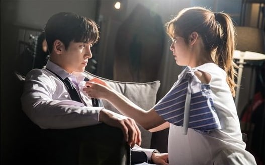 """Ji Chang Wook And Nam Ji Hyun Are Completely Absorbed In Each Other In """"Suspicious Partner"""" Preview Stills"""