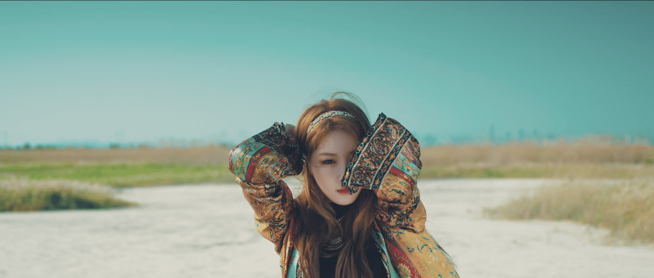 Watch: Kim Chungha Has Fun In The Sun In New MV Teaser For Solo Debut