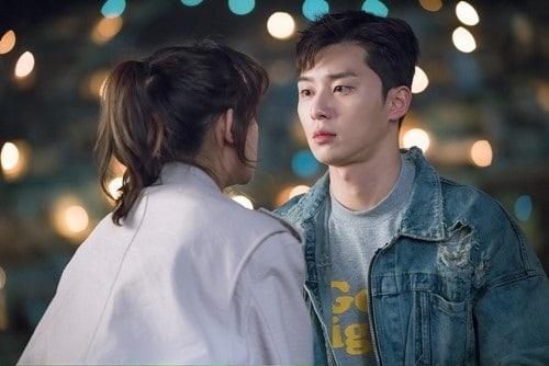 """Park Seo Joon's Feelings For Best Friend Kim Ji Won Begin To Change In """"Fight My Way"""""""