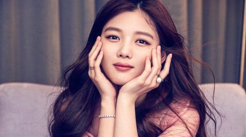 Znalezione obrazy dla zapytania kim yoo jung