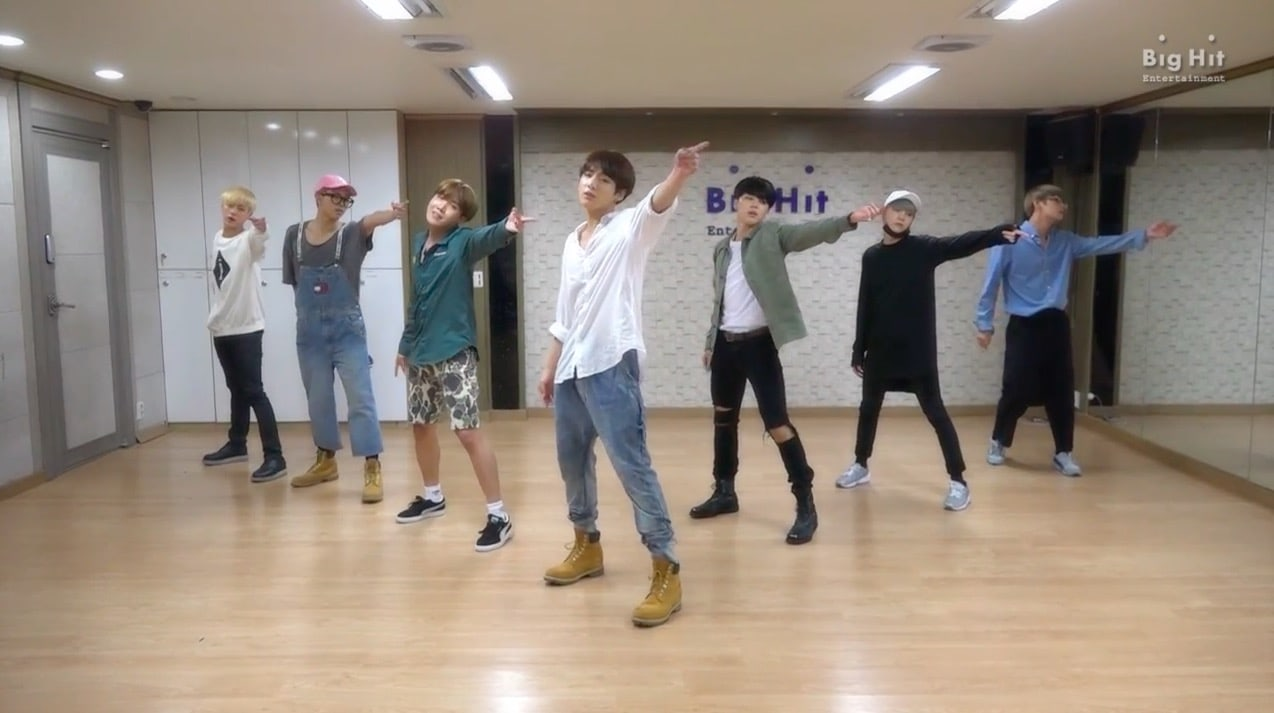 "Watch: BTS Shares Throwback ""I Like It Part 2"" Dance Practice Video For ""2017 BTS Festa"""
