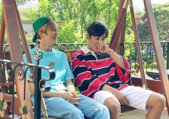 NCTs Mark And His Fan Parc Jae Jung Meet For The First Time Ahead Of New Variety Show Together