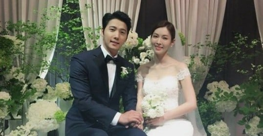 Lee Sang Woo And Kim So Yeon Tie The Knot In Private Wedding Ceremony