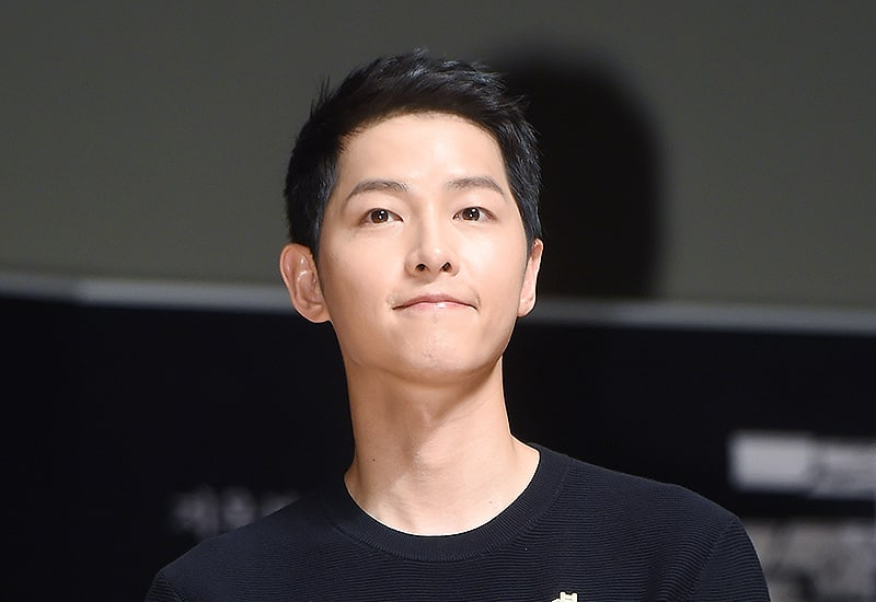 "Song Joong Ki Talks About Preparing And Shooting For His Upcoming Film ""Battleship Island"""