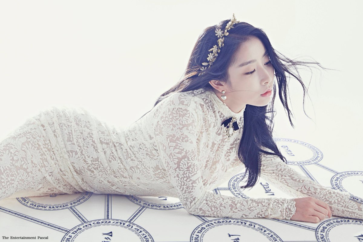 Stellar Shares Gorgeous Teaser Photo Of Gayoung And Reveals Details About Comeback
