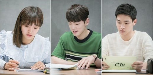 School 2017 Cast Holds First Table Script Reading With Full Cast