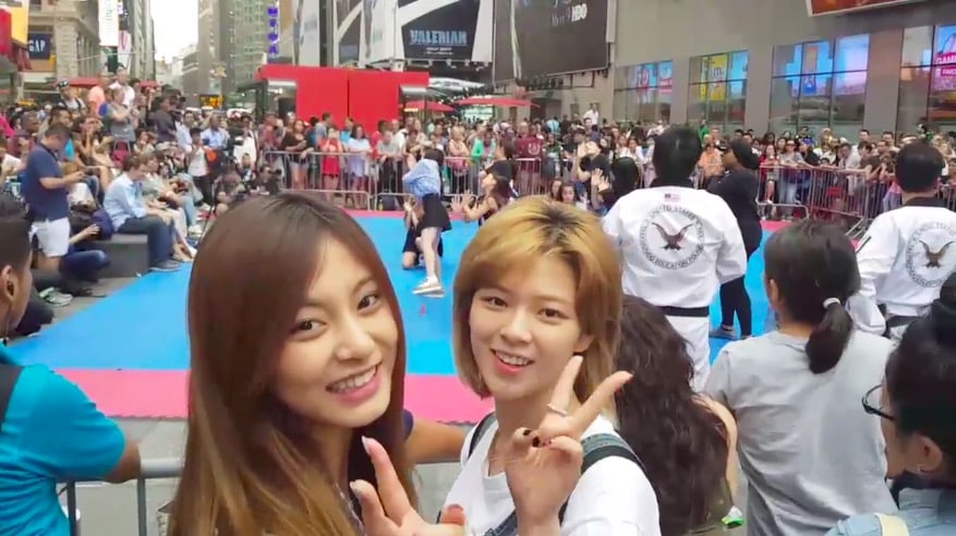 """Watch: TWICE's Jeongyeon And Tzuyu Stumble Upon """"TT"""" Cover Performance In Times Square"""