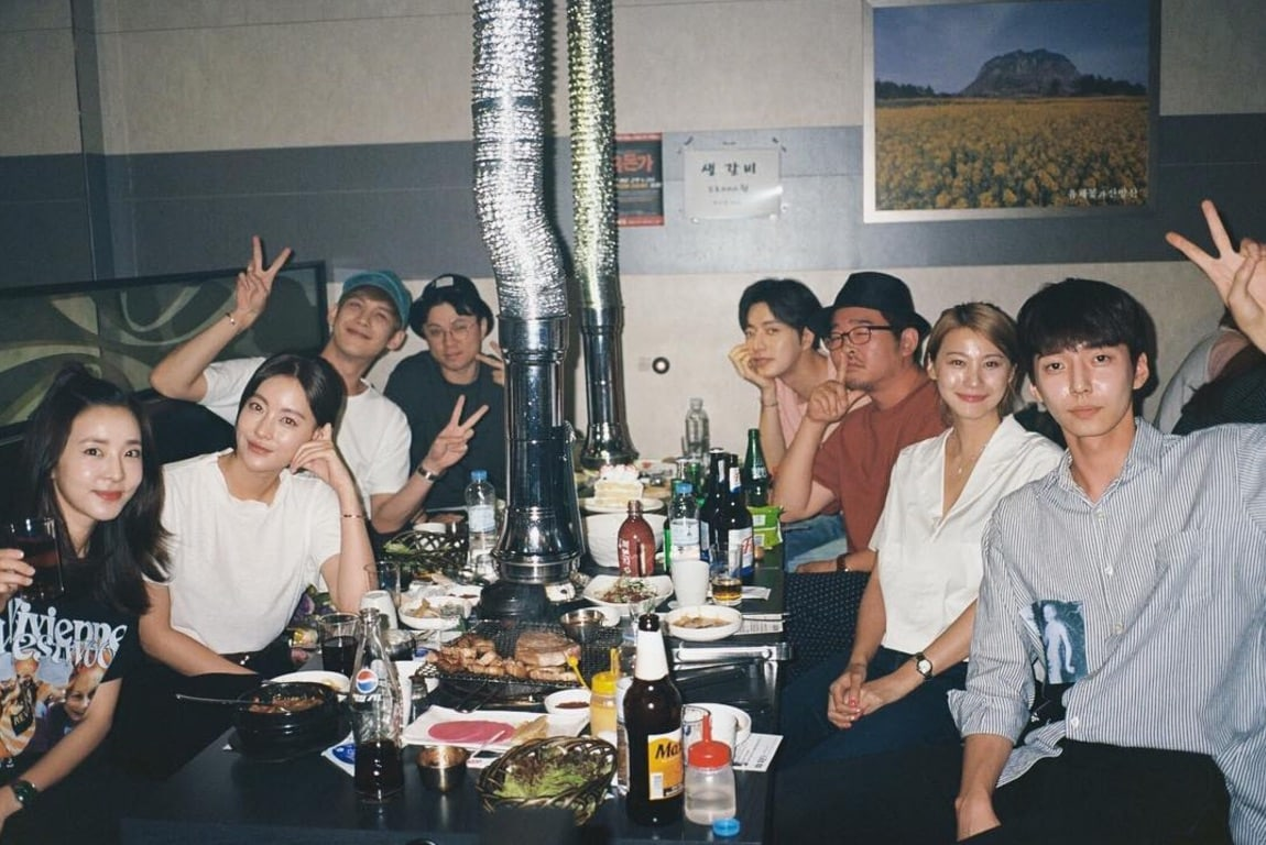 Sandara Park Shares Photo From Wrap Party For Film Version Of Cheese In The Trap