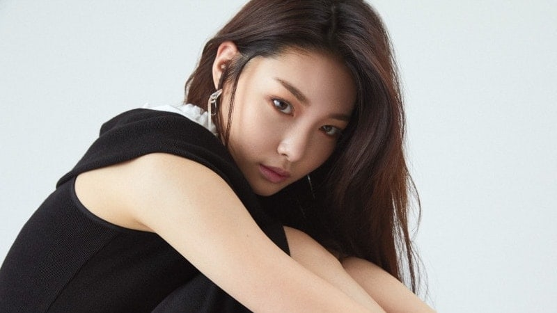 Kim Chungha Talks About Her Rise On Music Charts And A Girl Group She Looks Up To