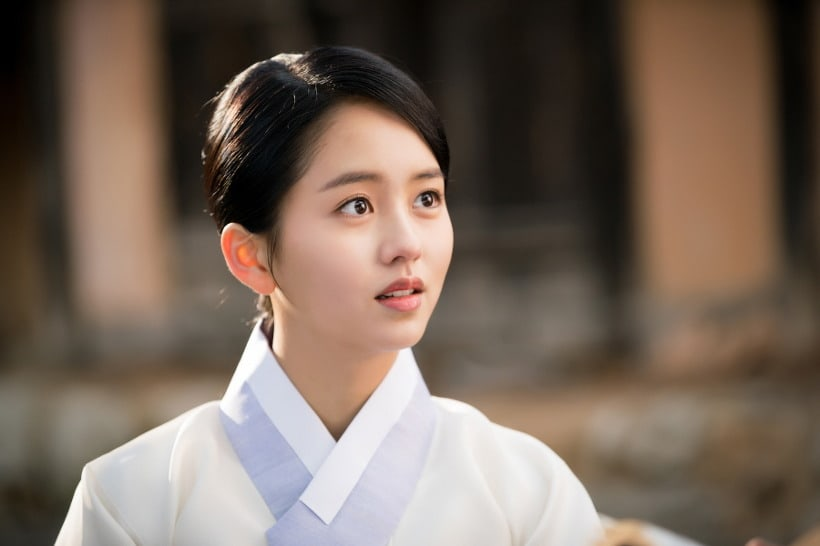 Actress Kim So Hyun To Sing OST For Her Drama Ruler: Master Of The Mask