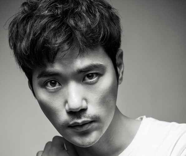 Kim Kang Woo In Talks With King Entertainment For Exclusive Contract