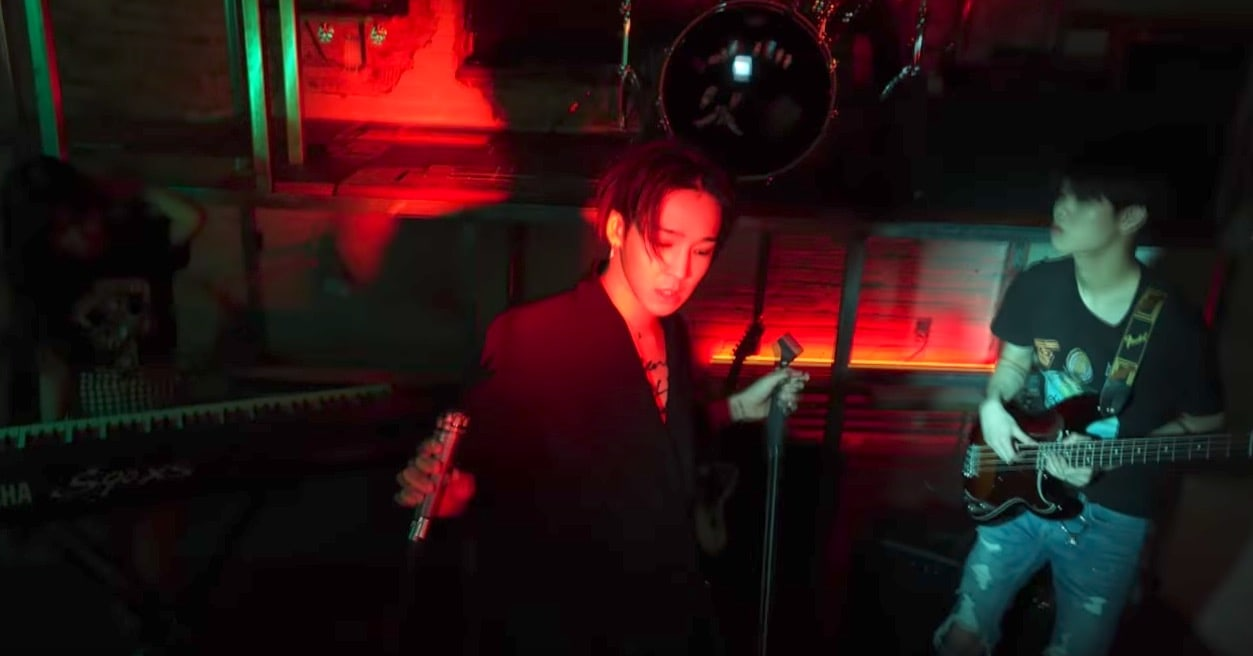 """Watch: Nam Tae Hyun And His Band South Club Are Free Spirits In New """"I Got The Blues"""" + """"LIAR"""" MVs"""