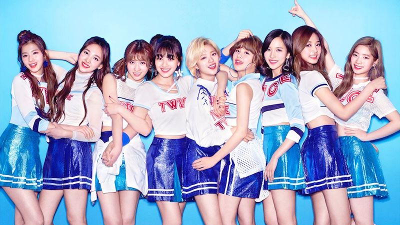 TWICE Rises To Top Of Oricon's Daily Chart With Japanese Debut Album