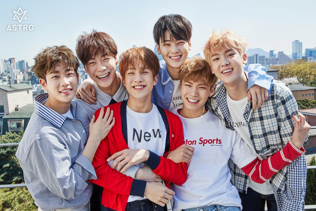 7 Times ASTRO Has Proven That They're Fans Just Like Us