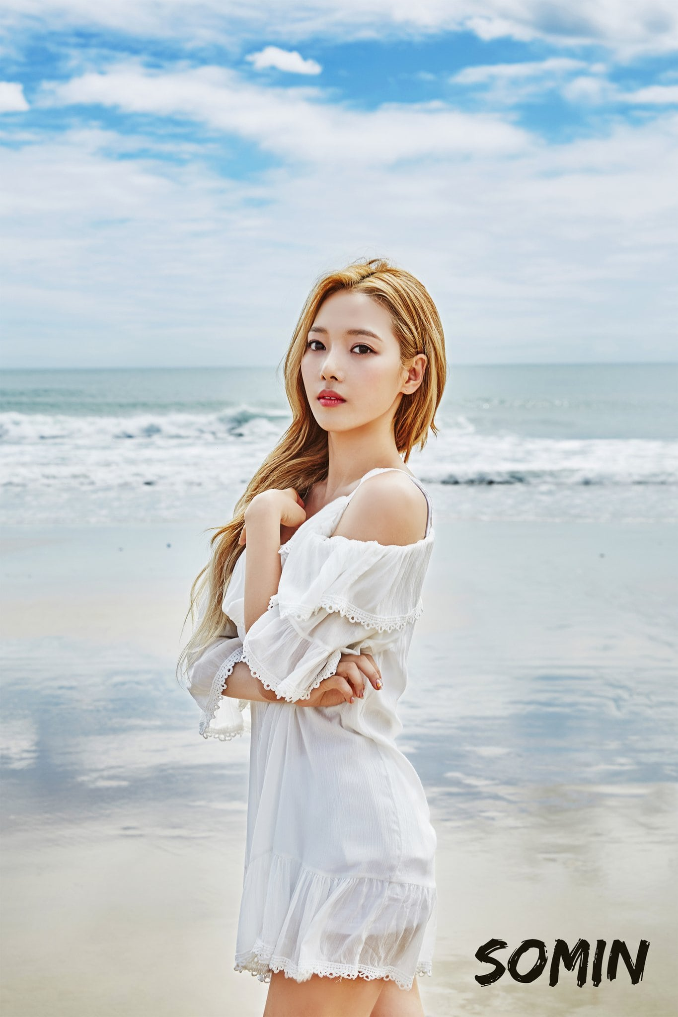 Update: K.A.R.D Drops Beautiful Seaside Teaser Photos For Upcoming Debut