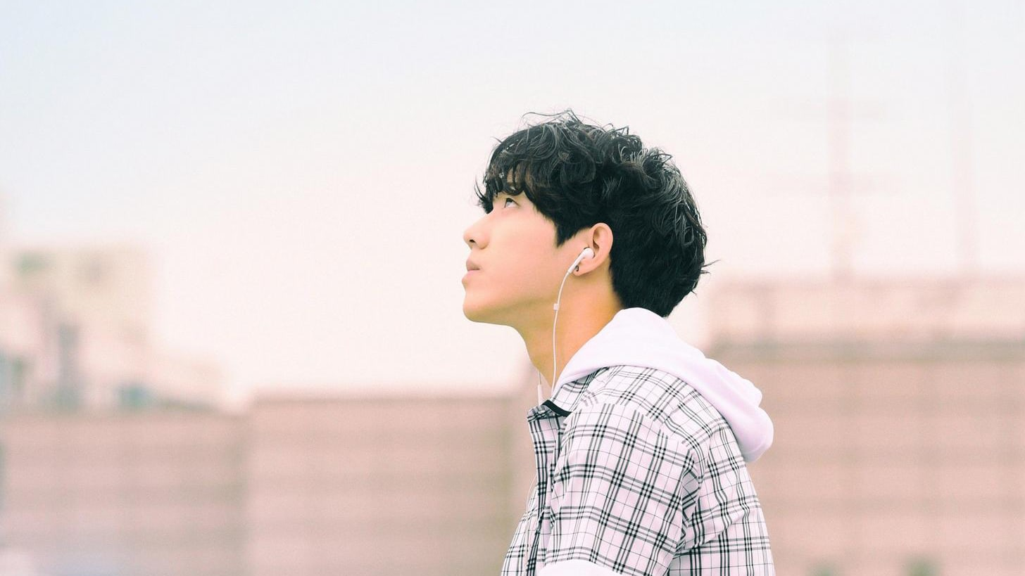 """Update: DAY6 Releases Final Set Of Individual Teaser Images Of Dowoon For August """"Every DAY6"""" Release"""