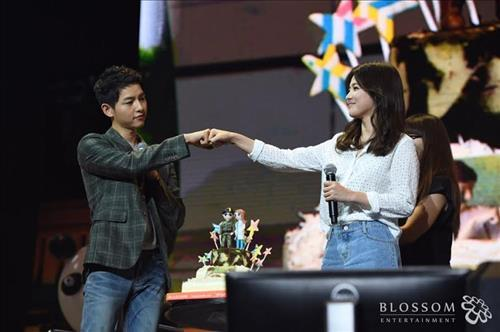 Top 15 Song-Song Couple Moments   Soompi