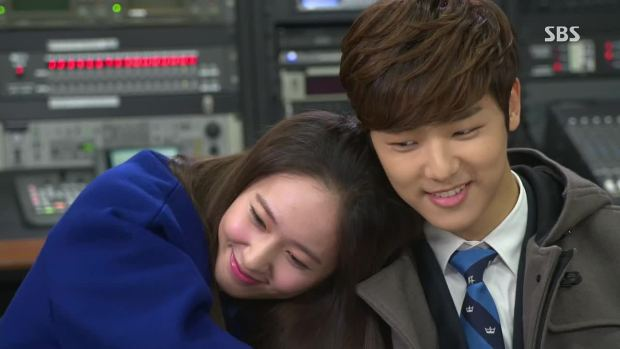 CNBLUEs Kang Min Hyuk Chooses f(x)s Krystal As His Favorite Female Co-Star