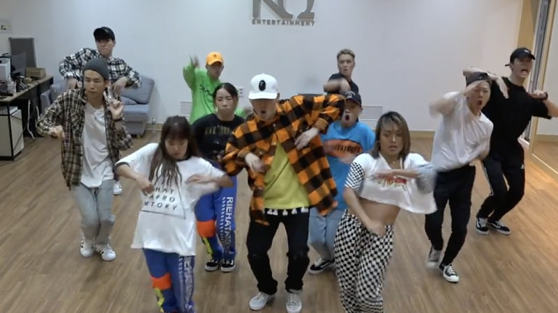 "Watch: Block B's Zico Shows Off His Swag In Dance Practice Video For ""Artist"""