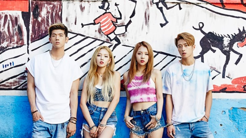 """KARD Breaks 5 Million Views For """"Hola Hola"""" In Record Time"""