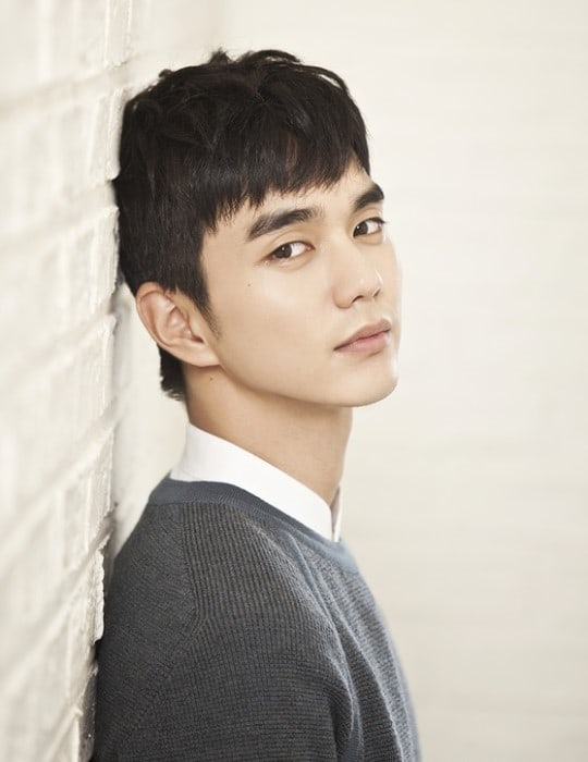 Yoo Seung Ho Opens Up About His Love Life And Growing Up As A Child Actor