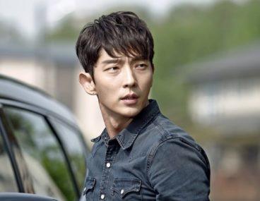 Lee-Joon-Gi5