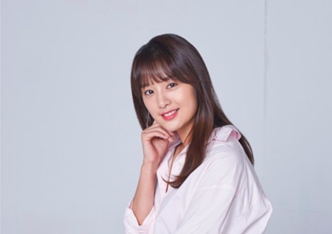 "Kim Ji Won Explains What ""Descendants Of The Sun"" And ""Fight My Way"" Mean To Her"