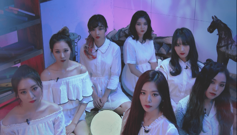 "Watch: DreamCatcher Showcases Their Vocals In New Live Of ""Fly High"""