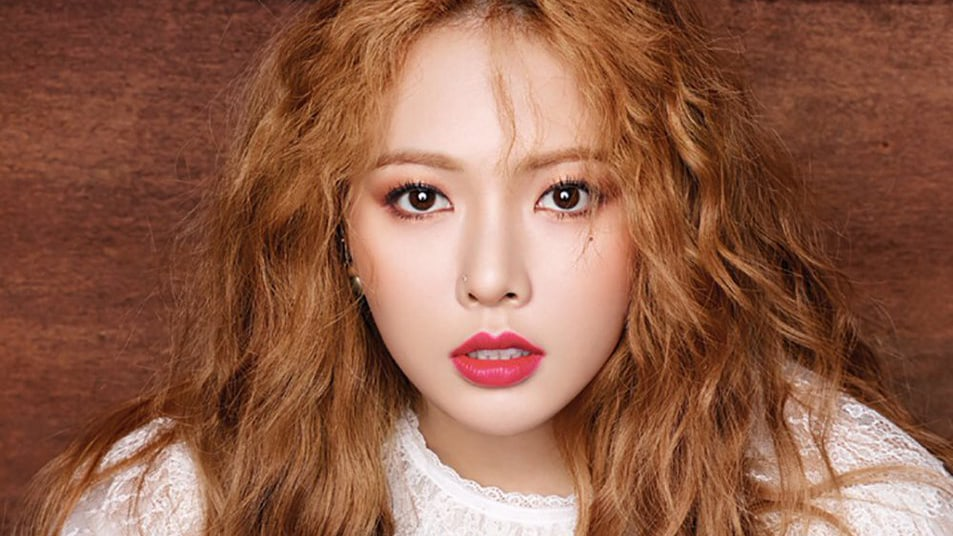 Watch: HyunA Updates Fans With What Shes Been Doing Lately With Preview Of New Music