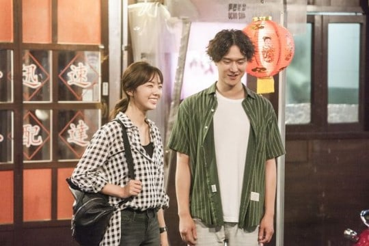 """""""Best Delivery Person"""" Co-Stars Chae Soo Bin And Go Kyung Pyo Have Nothing But Praise For Each Other"""