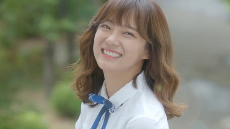 """Kim Sejeong Is A Girl Crush With Her 3 Best Lines From """"School 2017"""""""