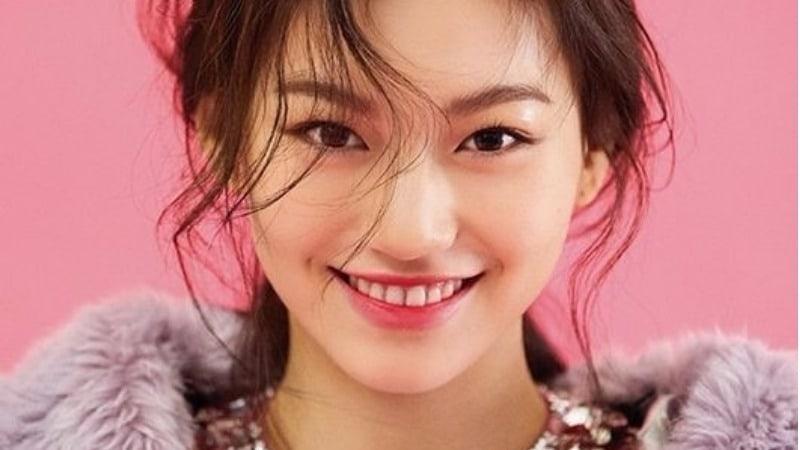 "Weki Meki's Kim Doyeon Gets Featured As A ""Teen Beauty Icon"""