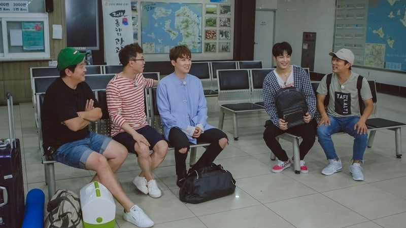 Watch: NUESTs JR And FTISLANDs Lee Hong Ki Join Night Goblin In New Stills And Teasers