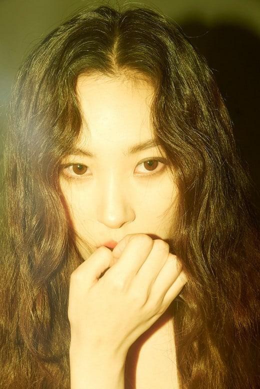 Sunmi Announces Solo Comeback Date