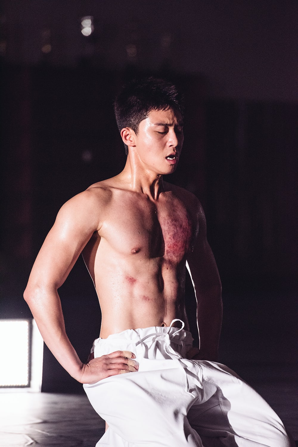 Park Seo Joon And Kang Ha Neul Show Off Toned Bodies In