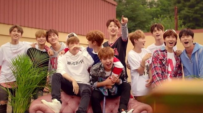 "Wanna One Maintains Top Spot With ""Energetic""; Soompi's K-Pop Music Chart 2017, September Week 2"