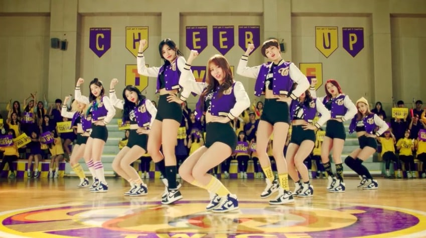 """TWICE's """"Cheer Up"""" Becomes Their 2nd MV To Hit 200 Million Views"""
