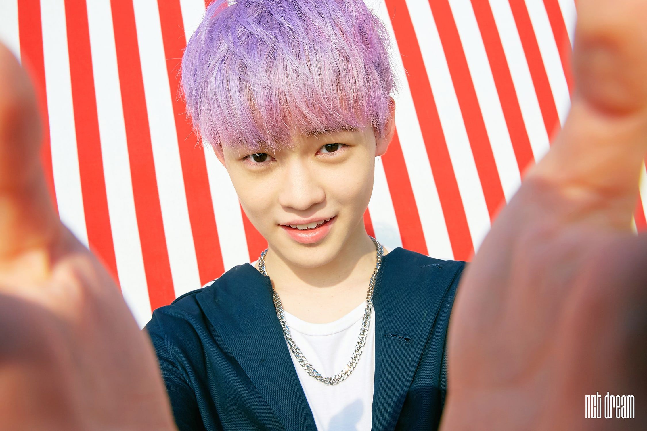 """Watch: NCT Dream's Chenle Features In Summery Teasers For """"We Young"""""""
