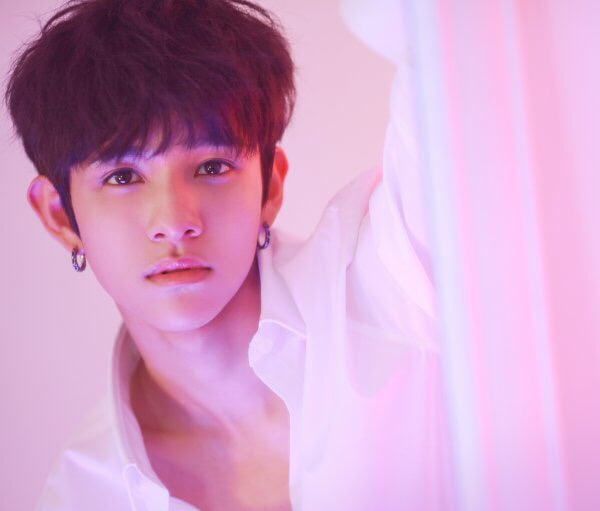 Samuel Kim To Hold His First Overseas Fan Meetings