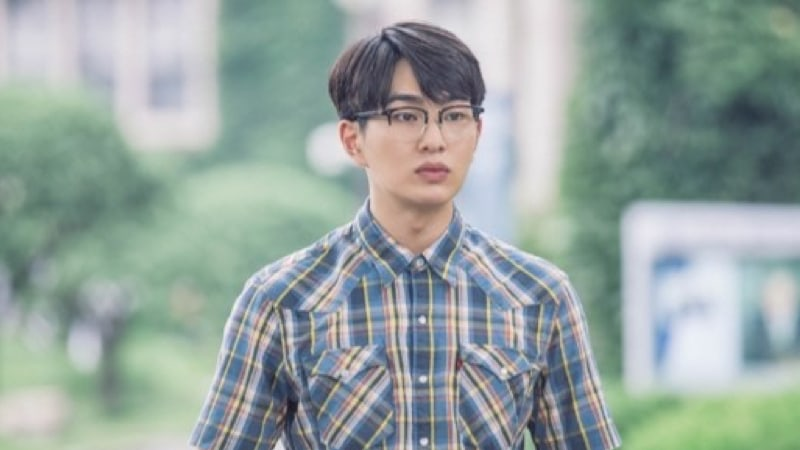 """Age Of Youth 2"" Denies Talks Of SHINee's Onew Stepping Down Following Scandal"