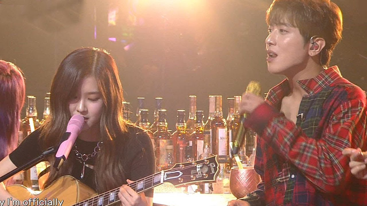 """Watch: CNBLUE's Jung Yong Hwa Covers BLACKPINK's """"Playing with Fire"""" And Sings Impromptu Duet With Rosé"""