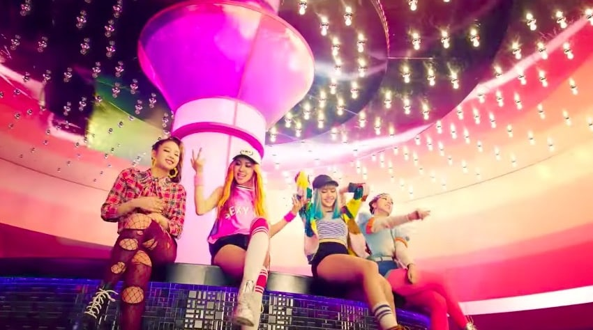 "BLACKPINK's ""BOOMBAYAH"" Becomes Their 1st MV To Hit 200 Million Views"
