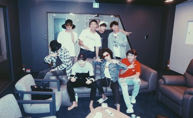 BTS Meets Up With Singer-Songwriter Charli XCX
