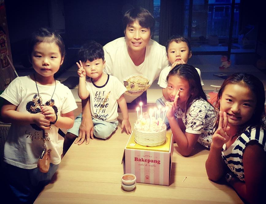 Lee Dong Gooks Family Celebrates Two Great Achievements