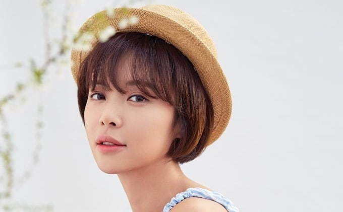 Hwang Jung Eum Gives Birth To Her First Child