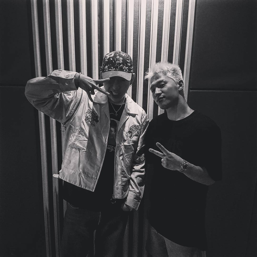 Block B's Zico Shares Photo With Taeyang To Support His New Album