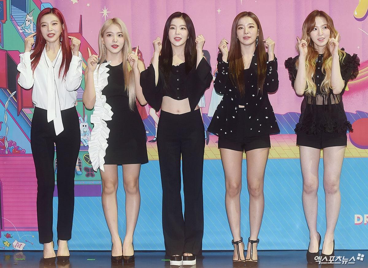Red Velvet , Seohyun cùng 160 nghệ sĩ Hàn Quốc sẽ sang Triều Tiên biểu diễn