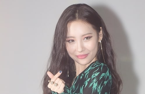 Sunmi Scores On Music Charts + Thanks Fans For Welcoming Response