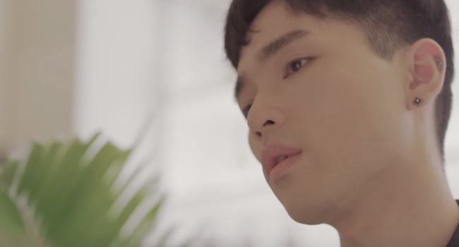 Watch: Sanchez And Highlights Yong Junhyung Are Mesmerized In Soothing MV