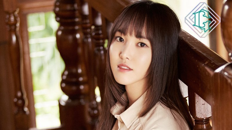 GFRIEND's Agency Responds To Reports Of Yuju Fainting At Fan Signing